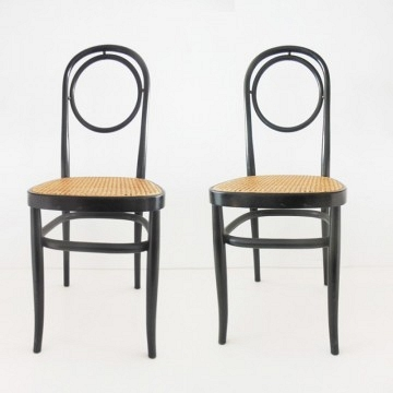Duo de sillas etsilo Thonet de gran calidad  color negro ebanizado