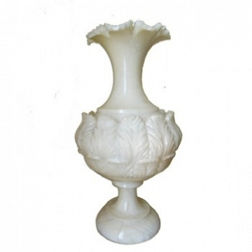 Italian white alabaster lamp with interior lighting