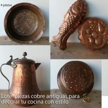 Lote Moldes, cafetera y escurridor de cobre vintage