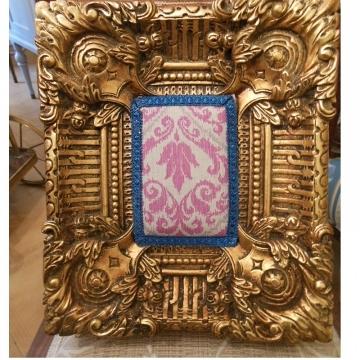Marco barroco dorado vintage intervenido