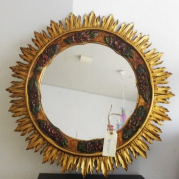 Gilding with Gold leaf and policromate Sunburst Mirrors