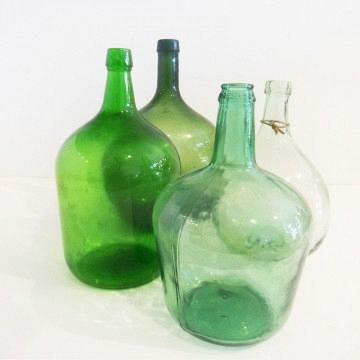 Lote de 4 Damajuanas de vidrio .Siglo XX