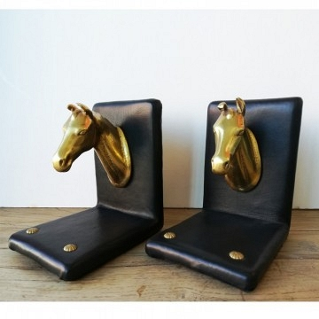 Set of two bookends horse head in bronze dore and skin