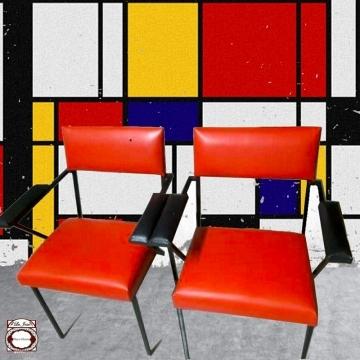 Sillón  vintage  Siglo XX rojo y negro  al estilo De Stijl (duo)
