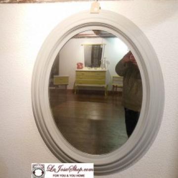 Espejo Ovalado gris tamaño grande .Con Historia