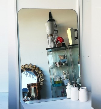 Minimalist vintage mirror without frame